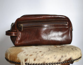 Vintage HANDMADE leather clutch , travel clutch .....(383)