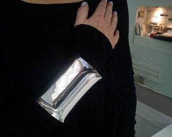Cleopatra cuff bracelet in silver