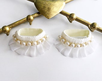 Baby Anklets, Baby Girl Accessories, Baptism Accessories, Baby Barefoot Sandals, Newborn Shoes, Unique Baby, Piggy Petals, Trendy Baby Girl