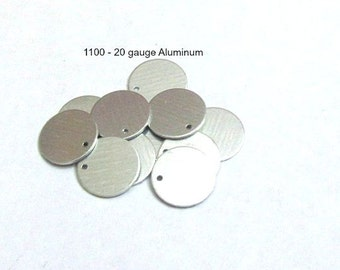 5/8-with hole-1100 Aluminum Blanks//20G Blanks//PREMIUM blanks//Metal blanks//Tumbled blanks//Hand Stamping Supplies// Round Blanks