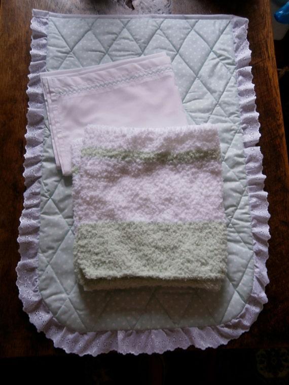 Handmade Moses Basket Bedding : Handmade three piece moses basket crib bedding set quilted