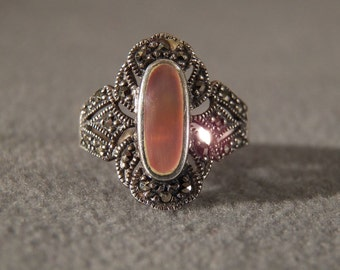Vintage Sterling Silver Mother of Pearl Ring Set with Marcasite, size 8 **RL