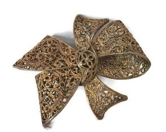 "Vintage Gold Tone Filigree Bow Brooch 2"" x 2"""