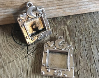 Picture Frame Locket Charm, Focal, Pendant Necklace - Jewelry Supplies  - Celestial Moon and Stars - Modern - Silver - 30x25mm - 02 Each