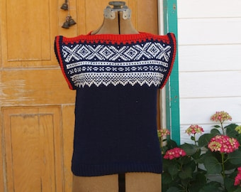 Vintage Fair Isle Wool Sweater Vest in Red White and Blue