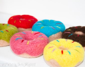 Needle felted donuts. Set of 6 pcs. Eco-friendly play food.