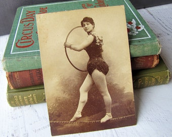 Rare Tight Rope Walker Italian Circus Performer Cabinet Card Vintage Photograph Of Female Acrobat In Costume, Torino