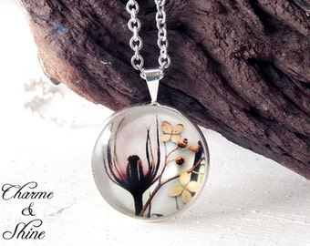 Tulip Necklace, Flower Necklace, Cabochon Necklace, Glass Dome Pendant, Photo Jewelry, Gift