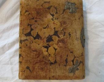 Antique Victorian Floral Velvet Photo Album Book Latched Scrapbook