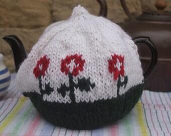 Flower Tea Cosy/Cozy - Medium - Handmade from Natural fiber