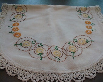 Vintage Yellow & Orange Flowers Linen Runner - Sweet - Great Vintage Condition!!
