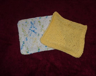 Hand Knit Dishcloths - set of 2 - 1 yellow and 1 sumer prints