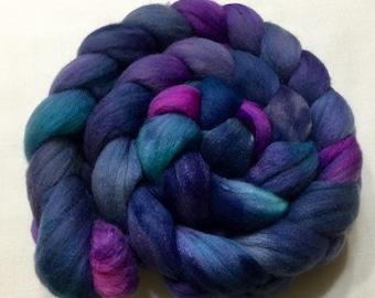 Merino Silk Blend, 105g, Roving, spinning, felting, blue, berry, teal, 15003