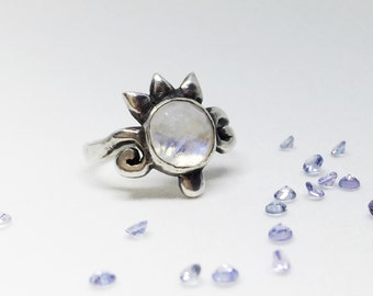 Silver Moonstone Ring- Sterling Silver Zora Statement Ring- Rose Cut Moonstone Ring