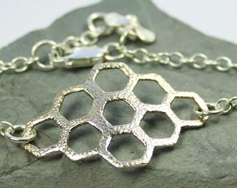 Sweet Honey Bee Bracelet