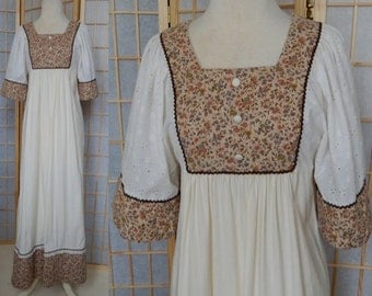 Vintage 70's calico hippie bib prairie MAXI DRESS small quilted lace