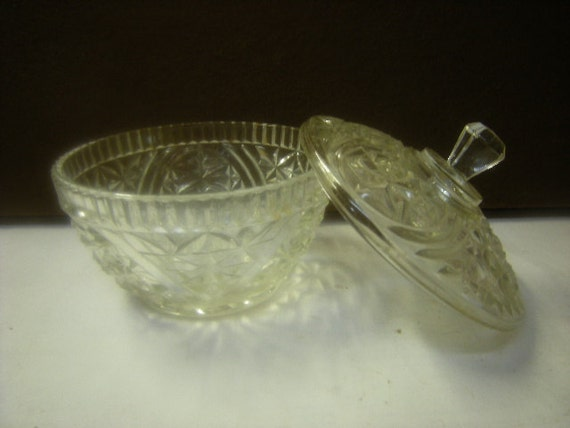 Vintage glass candy dish sugar bowl serving