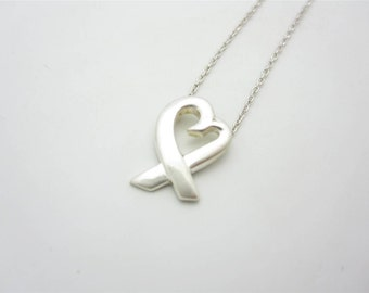 Tiffany & Co. Sterling Silver Small Paloma Picasso Loving Heart Pendant Necklace 16""