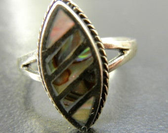 Vintage Sterling Silver 925 Marquise Abalone Ring with Rope Design Size 8