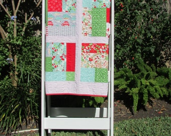 Christmas Quilt | Holiday Quilt | Modern Quilt Throw | Handmade Quilt | Red, Green, Aqua and Silver Quilt | Lap Quilt