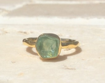 Raw Stone Ring, US 6.25, Raw Blue Apatite Ring, Apatite Gold Ring, Rough Natural Gemstone, Rough Apatite Ring, Natural Apatite Gemstone Ring