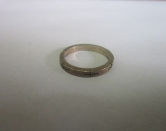 Old Native American Engraved Sterling Silver Ring