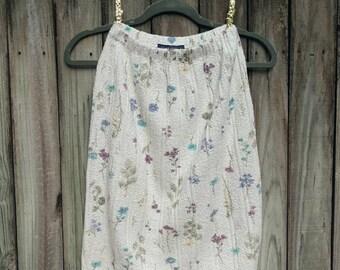 Willow Ridge Floral Knit Skirt (X Small). Floral Skirt. Knit Skirt. Vintage Skirt.
