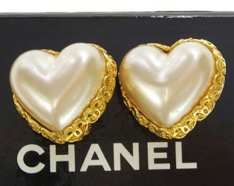 Rare!! CHANEL Heart Shaped Pearl Earrings