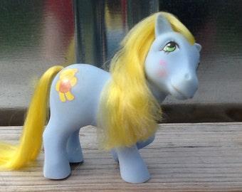G1 My Little Pony CUDDLES: Magic Message Pony