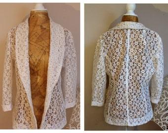 Pretty cream lace vintage jacket size 12