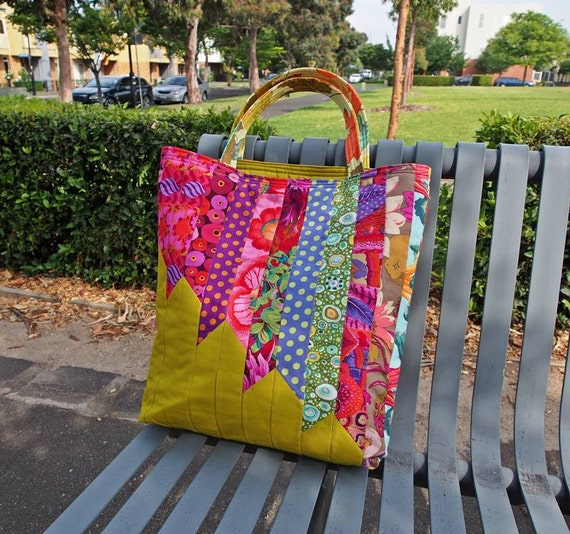 Quilted Knitting Bag Pattern : Angle tote bag pattern pdf download by leslie quilting