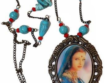 Aishwarya Rai (Bollywood) Necklace. ndian girl. Resin necklace. turquoise necklace.