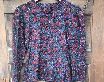 Vintage 90's Long Sleeve Pine Cone Print Top by Laura Ashley