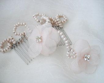 Blush Bridal Headpiece, Bridal Hairpiece,  Pale Pink Bridal Hair Comb, Blush Pink Wedding Hair Accessories, Bridal Comb