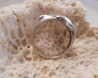 Vintage Kabana Sterling Silver Double Dolphin Ring Size 8