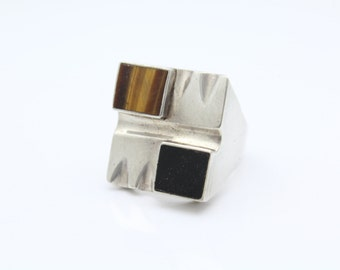 Heavy Vintage Modernist Ring with Onyx and Tigers Eye in Sterling Silver Size 9.25. [8565]