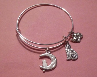 Expandable Wire Bracelet w Cat on a Moon and 2 Cat Charms ~ Adult or Child
