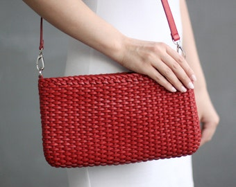 Free shipping! Red bag, shoulder bag, red leather bag, red purse, wicker bag, braided bag, red leather purse, wicker red bag