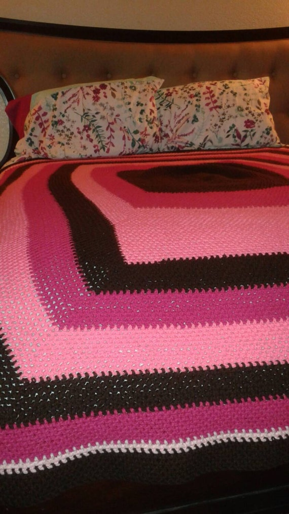 Crochet Patterns Queen Size Bed : Queen size handmade crochet bed Afghan throw by KhosiClothing