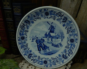 Vintage Royal Sphinx P. Regout Maastricht Delfts Plate - Couple Skating