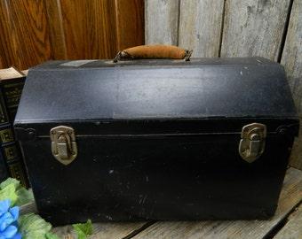 Vintage Mid Century Pet Carrier