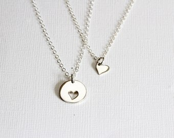 Silver Mother Daughter necklace set, Mother daughter gift Heart Necklace set Mom necklace Mother daughter jewelry Mothers day gift Christmas
