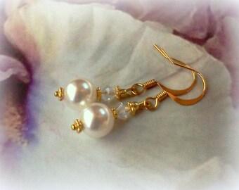 Swarovski Pearls, Pearl Earrings, Pearl Dangles, Bridal Earrings, Elegant Pearls, Handmade Pearl Earrings, June Birthstone, Crystal Pearls