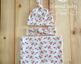 Newborn swaddle set - Sweet Flowers