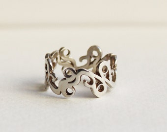 On Sale Silver lace ring, silver filigree ring, sterling silver ring, lace pattern crown ring