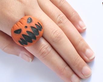 Halloween pumpkin adjustable ring.