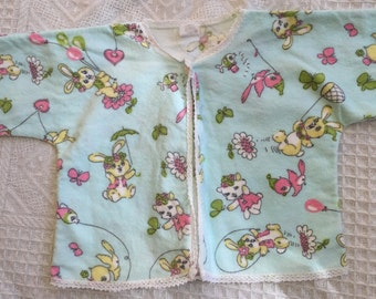 SALE* Vintage/retro baby jacket/cardigan with kitsch bunnies, birds and kittens. Approx size 6 months.