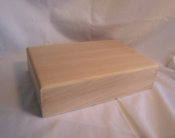 "Unfinished Handcrafted Cedar Photo Box with Liner 7 3/8 "" x 11"" (uf30710C)"