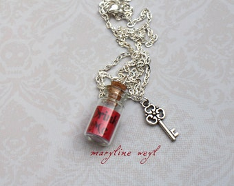 Necklace vial drink me Red
