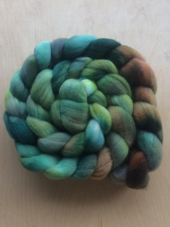 Temprate 4.0 oz Handpainted Polwarth top for spinning OOAK